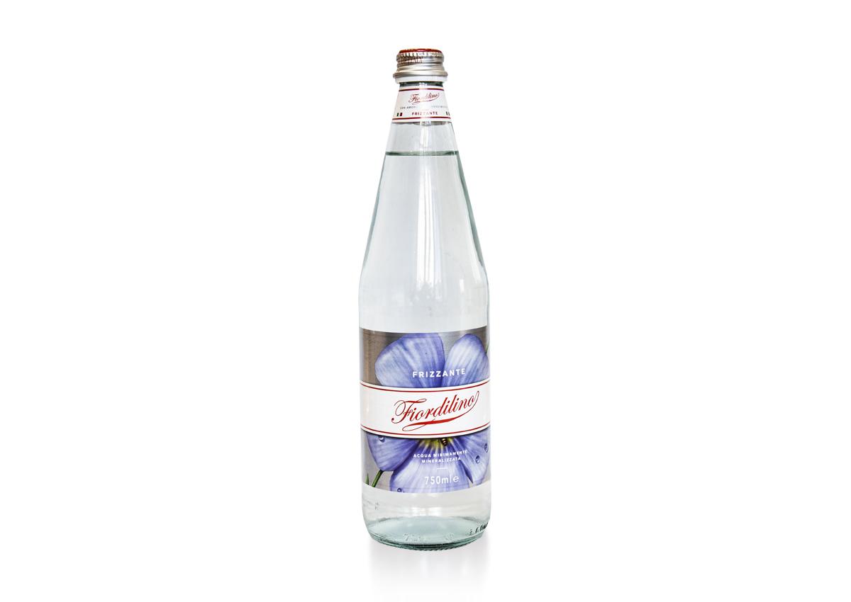 Mineralwasser (mit Kohlensäure) – Lieferservice München, Heimservice ...
